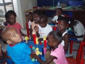La salle de classe de l'Orphelinat HORIZON DE L'ESPOIR