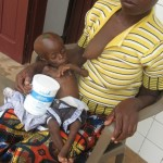 Bébé Valérie et sa maman - Centre de Ndelele au CAMEROUN