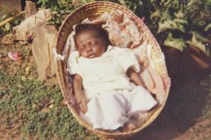 La petite Thérèse dort tranquile dans son berceau - Centre de Bandoro en CENTRAFRIQUE - Janvier 2004