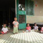 Amina, Samira en arrière plan, Faïshal debout, Wend-mi, Sarata, Séverine - Dec 2016